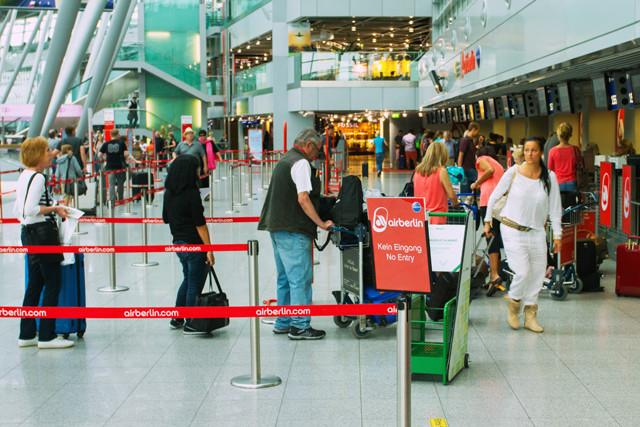 Warteschlange bei Air Berlin