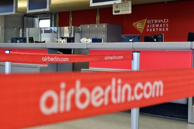 Leere Air Berlin Flugschalter