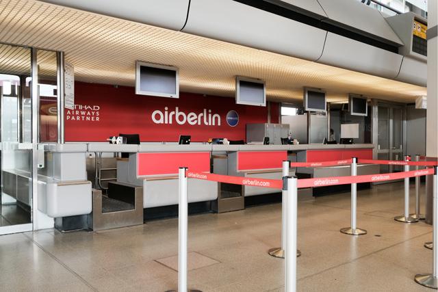 Leerer Air-Berlin-Schalter