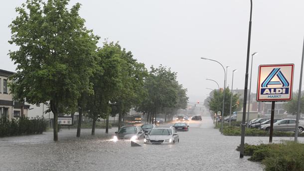 Überschwemmung der Straße