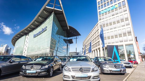 Mercedes-Autohaus in Berlin