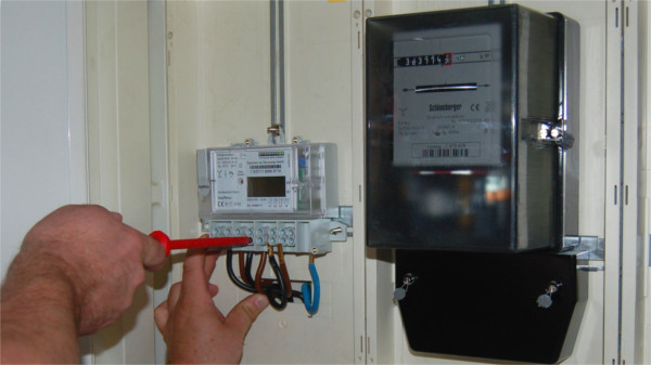 Digitale Stromzähler sorgen für einige Verwirrung beim Stromanbieter.