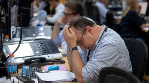 Jetzt nur die Ruhe bewahren: Börsenmakler in Sao Paolo am Montag.