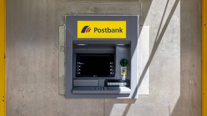 Geldautomat der Postbank