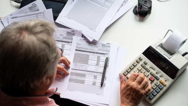 Rentner bei Steuererklärung