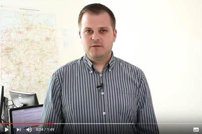 Finanztip-Experte Daniel Pöhler erklärt, wann sich ein Handyvertrag mit Smartphone lohnt.