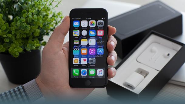 Iphone wird ausgepackt