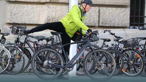 Tritin auf dem Fahrrad