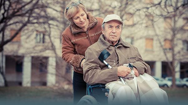Pflege-Notstand durch Corona-Krise: Was tun?