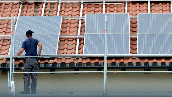 Wer Solarstrom selbst verbraucht, muss meist keine EEG-Umlage mehr zahlen