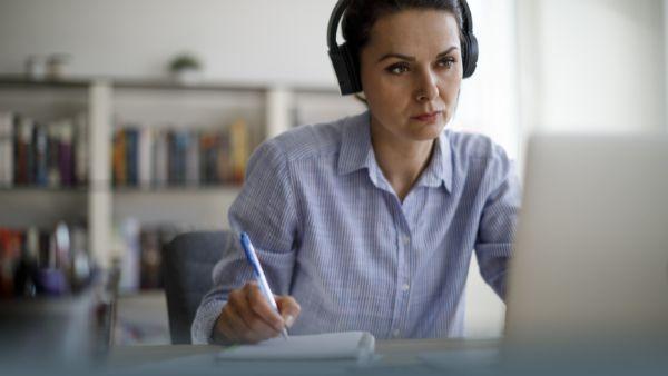 Homeoffice richtig absetzen: Arbeitszimmer oder Pauschale